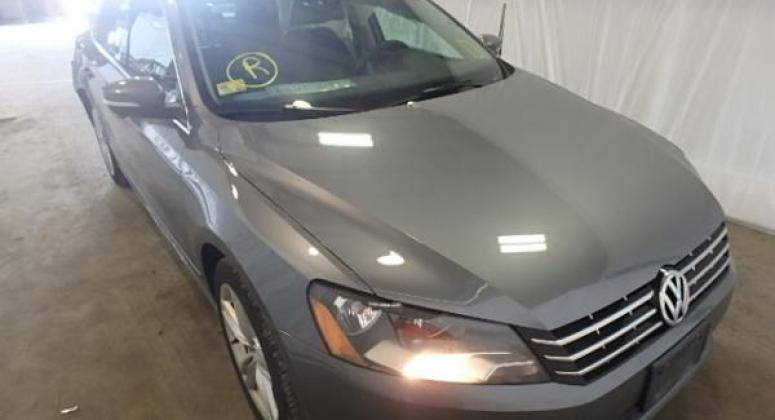 VW PASSAT 2013 2.0L TDI